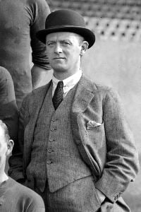 Leslie Knighton (Arsenal manager)
